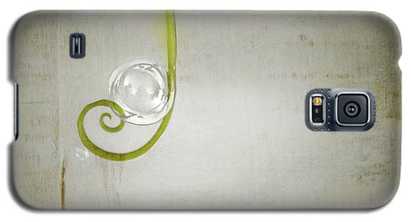 Galaxy S5 Case featuring the digital art Bubbling - 02tt04a by Variance Collections