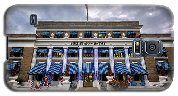 Galaxy S5 Case featuring the photograph Buckstaff Bathhouse - Christmas by Stephen Stookey