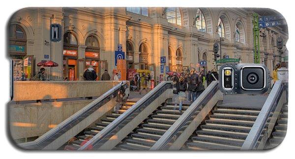 Budapest Train Station 2 Galaxy S5 Case
