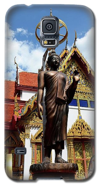Buddha Statue With Sunshade Outside Temple Hat Yai Thailand Galaxy S5 Case