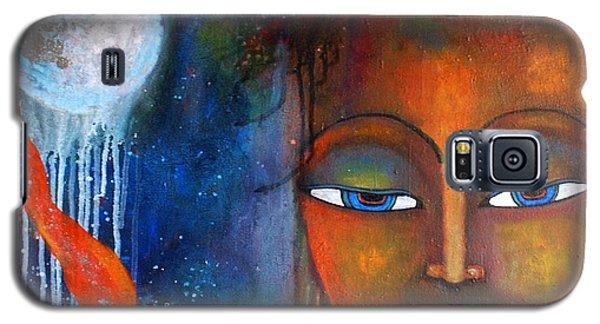 Buddhas Robe Reaching For The Moon Galaxy S5 Case by Prerna Poojara