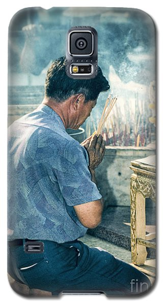 Galaxy S5 Case featuring the photograph Buddhist Way Of Praying by Heiko Koehrer-Wagner