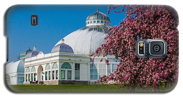 Buffalo Botanical Gardens North Lawns Galaxy S5 Case by Don Nieman