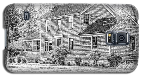 Galaxy S5 Case featuring the photograph Building At Waterloo Village   by Eleanor Abramson