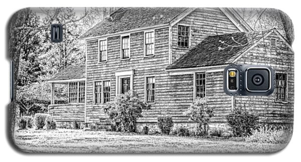 Building At Waterloo Village   Galaxy S5 Case by Eleanor Abramson