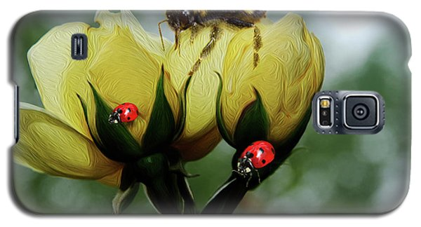 Bumblebee Flower Galaxy S5 Case