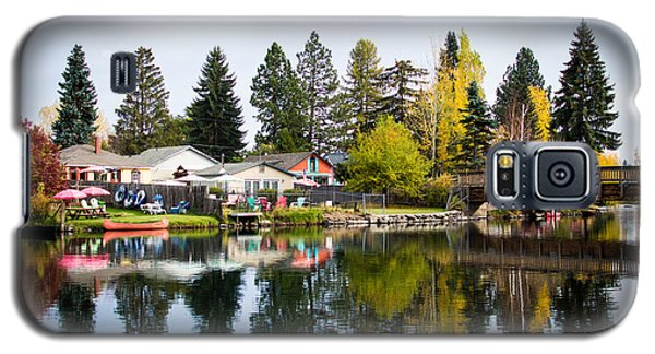 bungalows on the Deschutes Galaxy S5 Case