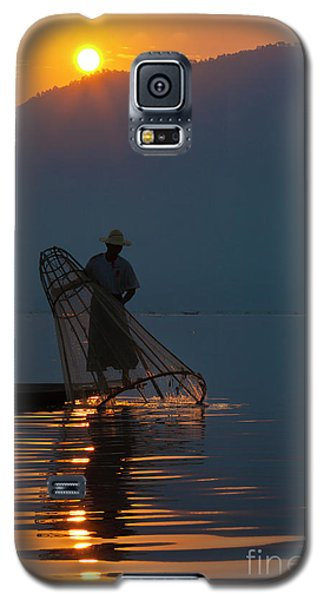 Galaxy S5 Case featuring the photograph Burma_d143 by Craig Lovell