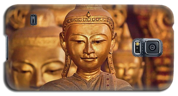 Galaxy S5 Case featuring the photograph Burma_d579 by Craig Lovell