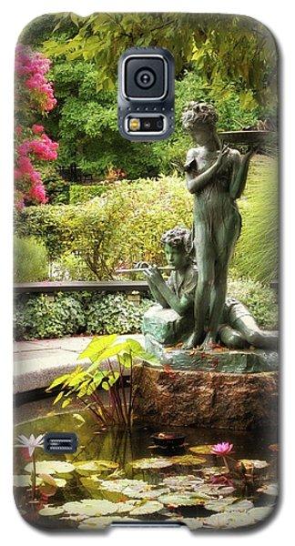 Burnett Fountain Garden Galaxy S5 Case