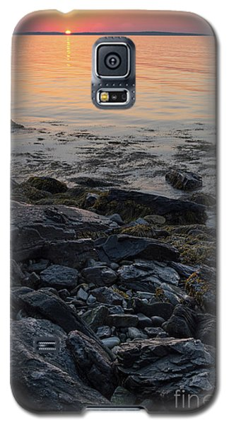 Galaxy S5 Case featuring the photograph Burnt Dawn, Camden, Maine  -54019-54020 by John Bald
