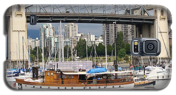 Galaxy S5 Case featuring the painting Burrard Street Bridge, Vancouver by Rod Jellison