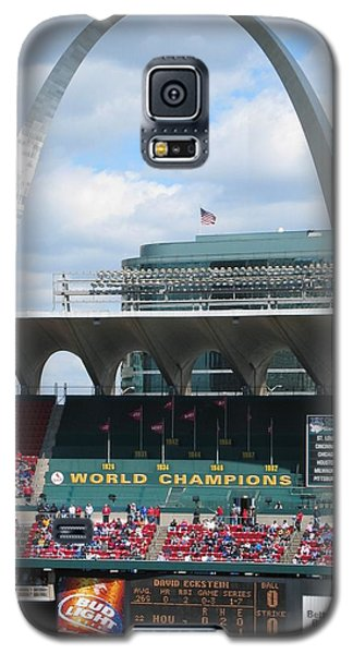 Galaxy S5 Case featuring the photograph Busch by Dylan Punke