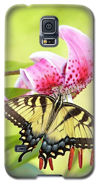 Butterfly And Lily Galaxy S5 Case