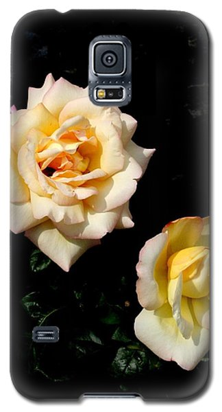 Galaxy S5 Case featuring the photograph Buttermints by David Dunham