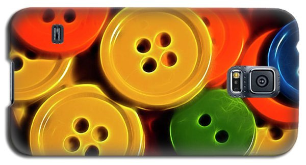 Buttons Galaxy S5 Case by Linda Blair