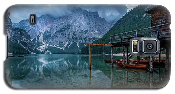 Cabin By The Lake Galaxy S5 Case