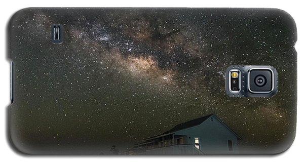 Cabin Under The Milky Way Galaxy S5 Case