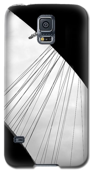 Galaxy S5 Case featuring the photograph Cables And Funes by Valentino Visentini