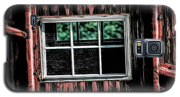 Galaxy S5 Case featuring the photograph Caboose Window by Brad Allen Fine Art