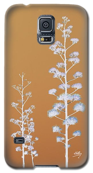 Galaxy S5 Case featuring the photograph Cactus Architectre by Linda Hollis