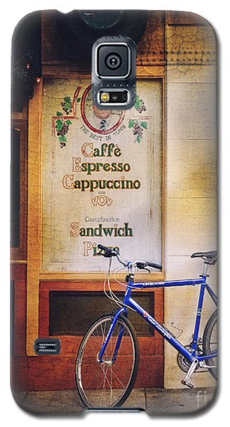 Galaxy S5 Case featuring the photograph Caffe Expresso Bicycle by Craig J Satterlee
