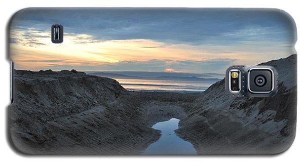 California Beach Stream At Sunset - Alt View Galaxy S5 Case