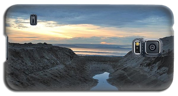 California Beach Stream At Sunset - Alt View Galaxy S5 Case