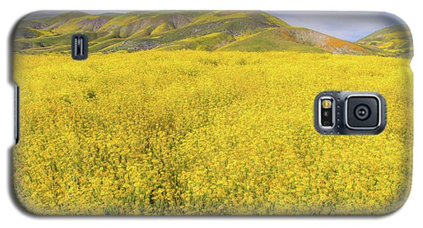 Galaxy S5 Case featuring the photograph California Gold by Marc Crumpler