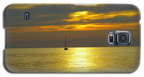 Galaxy S5 Case featuring the photograph Calm Before Sunset Over Lake Erie by Donald C Morgan