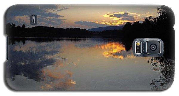 Galaxy S5 Case featuring the photograph Calm Sunset by Vilas Malankar