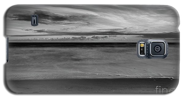 Galaxy S5 Case featuring the photograph Calming Seas by Linda Lees