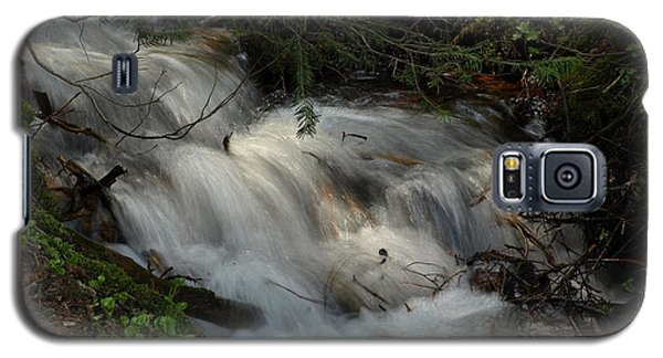 Galaxy S5 Case featuring the photograph Calming Stream by DeeLon Merritt