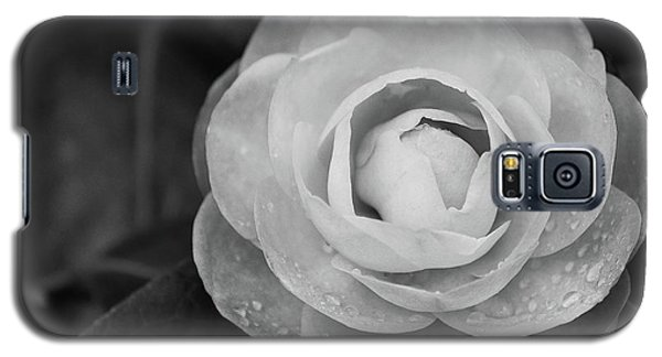 Camellia Black And White Galaxy S5 Case