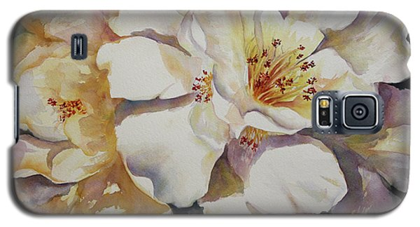Galaxy S5 Case featuring the painting Camellias Golden Glow by Roxanne Tobaison