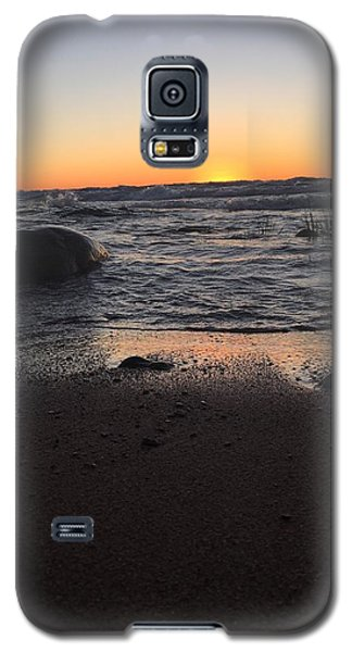 Camp In The Fall Galaxy S5 Case by Paula Brown