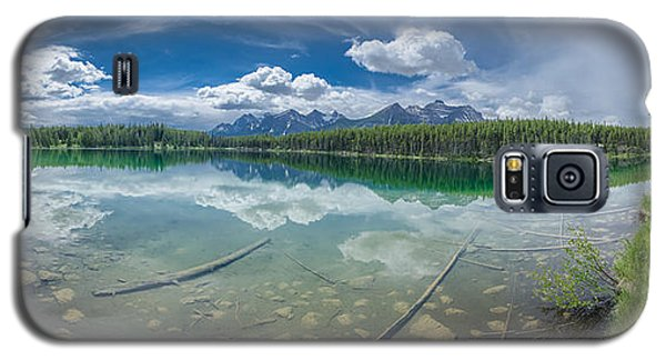 Galaxy S5 Case featuring the photograph Canadian Beauty 2 by Thomas Born