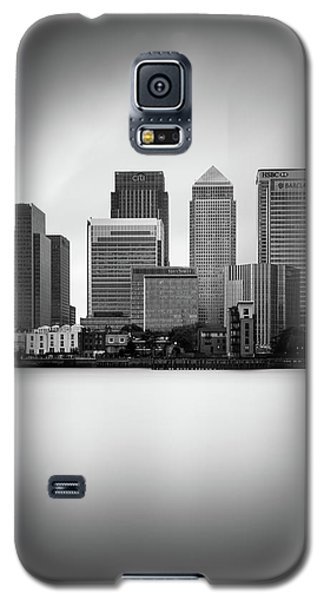 Canary Wharf II, London Galaxy S5 Case by Ivo Kerssemakers