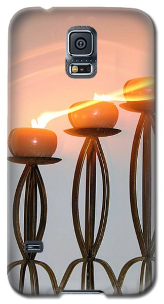 Candles In The Wind Galaxy S5 Case by Kristin Elmquist