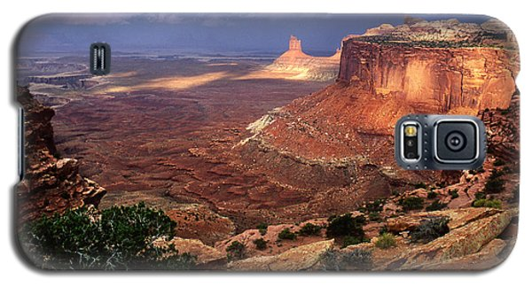 Candlestick Tower In Nature's Spotlight Galaxy S5 Case