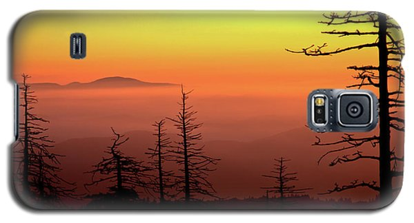 Galaxy S5 Case featuring the photograph Candy Corn Sunrise by Douglas Stucky