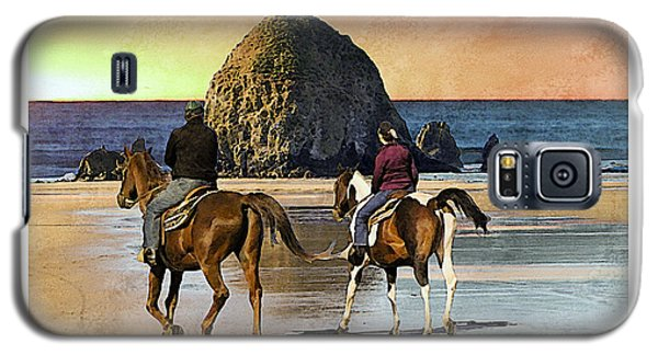 Galaxy S5 Case featuring the photograph Cannon Beach by Kenneth De Tore