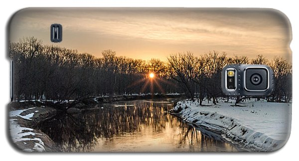 Galaxy S5 Case featuring the photograph Cannon River Sunrise by Dan Traun