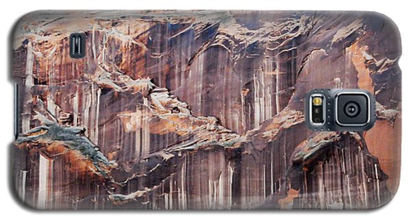 Galaxy S5 Case featuring the photograph Canyon Wall Tapestry by Geraldine Alexander