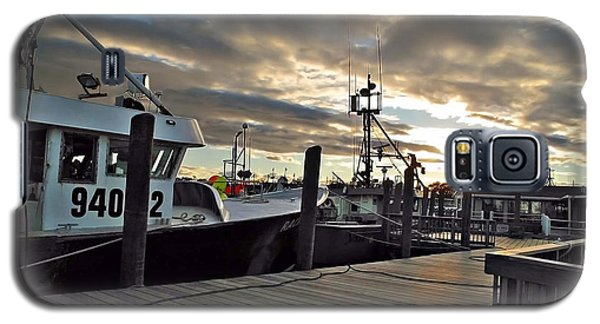 Galaxy S5 Case featuring the photograph Cape Cod Harbor by Joan  Minchak