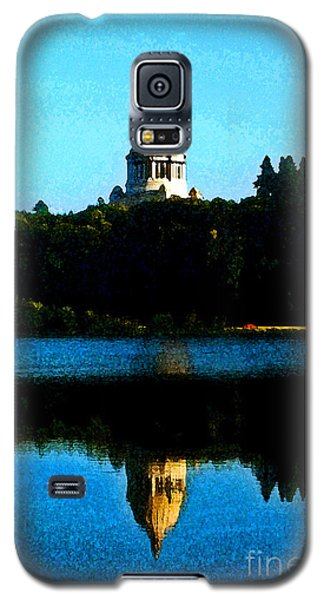 Galaxy S5 Case featuring the photograph Capital Lake by Larry Keahey