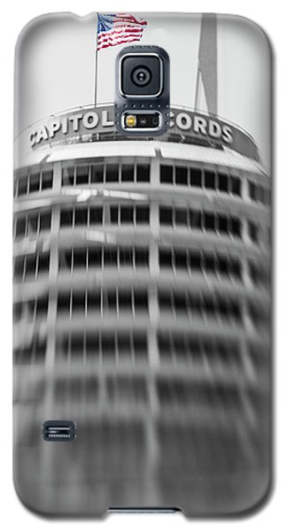 Galaxy S5 Case featuring the photograph Capitol Records Building 18 by Micah May