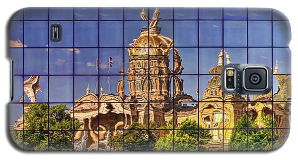 Galaxy S5 Case featuring the photograph Capitol Reflection - Iowa by Nikolyn McDonald