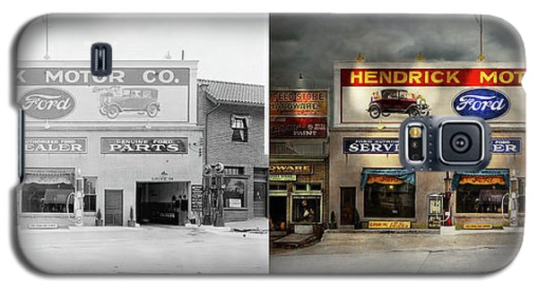 Galaxy S5 Case featuring the photograph Car - Garage - Hendricks Motor Co 1928 - Side By Side by Mike Savad