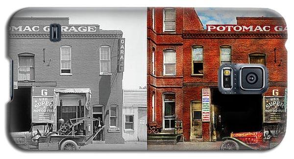 Car - Garage - Misfit Garage 1922 - Side By Side Galaxy S5 Case by Mike Savad